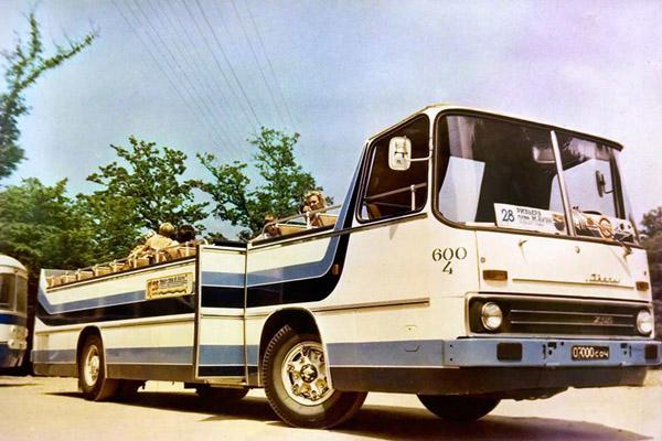 Ikarus 255 Кабриолет.jpg