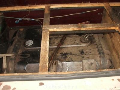 топливный бак - 2006-05-12 17-00-33.JPG