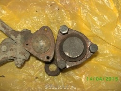 Шаровые нижние, слева 31105, справа Соболь - PICT0646.JPG