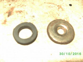 резиновое кольцо и стальная шайба - PICT2010.JPG