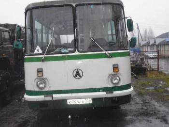 ЛАЗ 695Н зелененький - P1030927.JPG