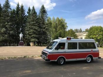 Раф 22031-01; 1993г.в. Люкс; Высокая Крыша; ЗМЗ-402; Среднемагистральный лайнер :- В Москве - 3.jpeg