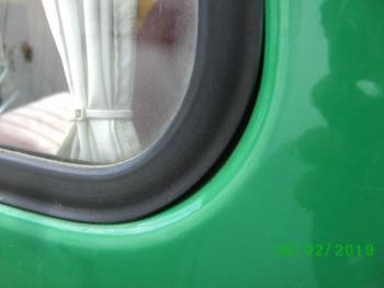 так ставится стекло с родным уплотнителем и от Хантера  - PICT2643.JPG