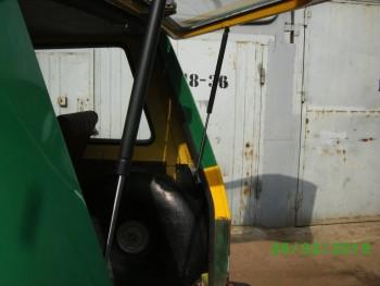 Механизм подъёма двери багажника - PICT2634.JPG