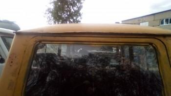здесь, прошлый владелец, деформировал кузов. Наверное, дверь до конца не поднималась. Радикал, блин, теперь вода в салон бежит. - IMG_20190601_162219.jpg