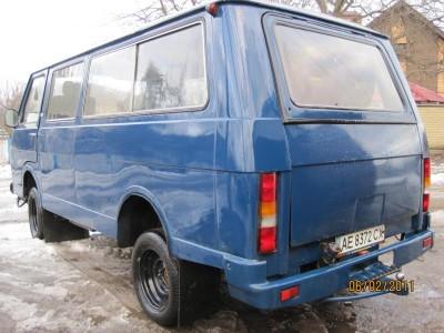 Фотографии Ераз: былое и современность рекламные, реальные  - raf-2203-mikroavtobus-d,-11-mest-19.jpeg